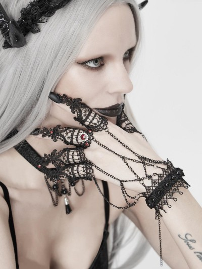 Eva Lady Dark Gothic Lace Chain Bracelet with Finger Cover